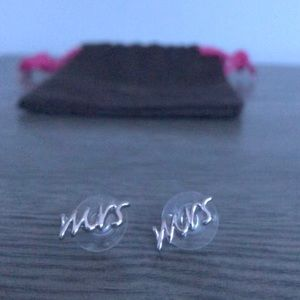 "Kate Spade Say Yes ""Mrs"" earrings- Silver"
